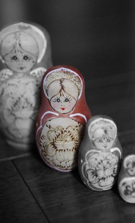 russian-dolls-4025090_960_720